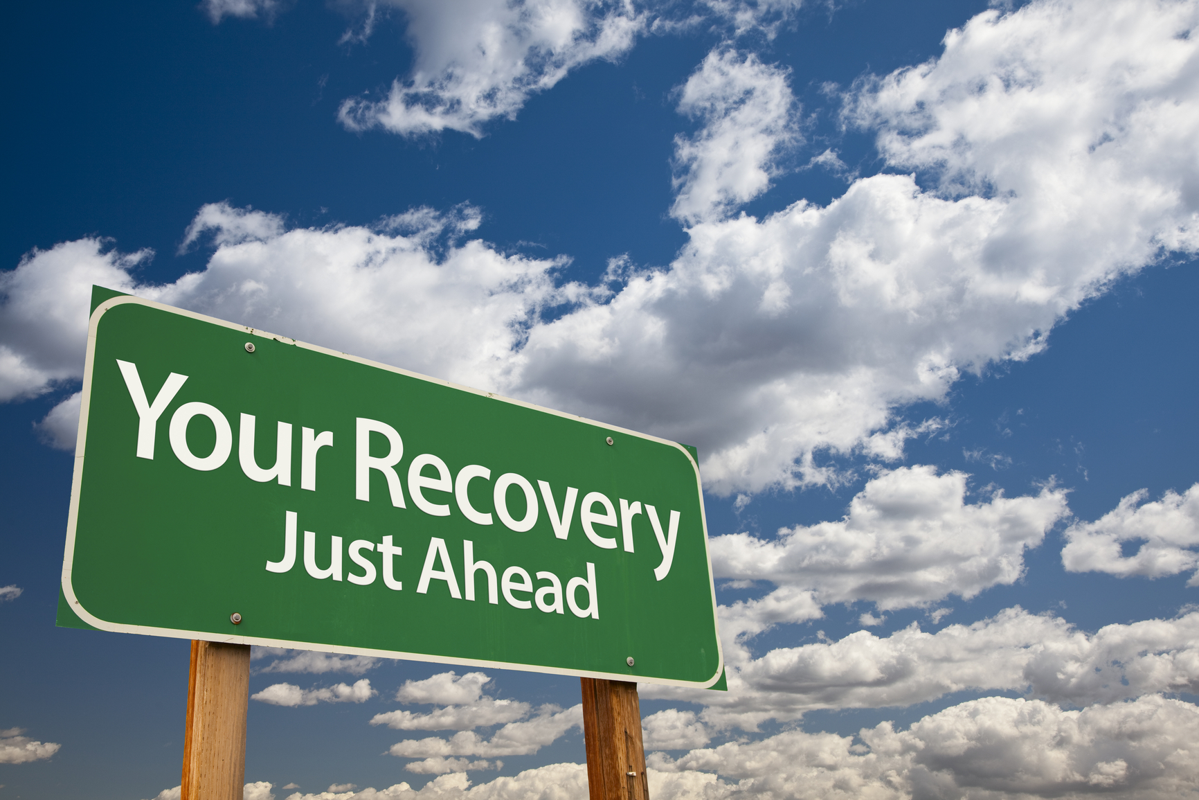 Recovery is one of the most important and neglected part in people their training regimen. Read here how you can recover quicker from a workout or injuries
