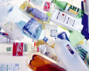 Plastic is everywhere these days, we almost can't escape from it. Plastic bottles, food in plastic containers, plastic lunchboxes…Safe or not?
