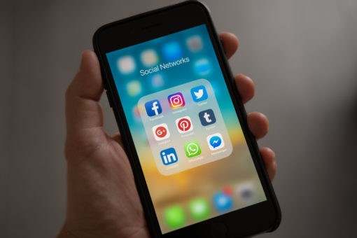 Social media is killing your happiness and yourself-esteem. How about that? I'm not big on social media, to be honest. I even avoid it most of the times, I barely even text. Sure I've got Facebook, Instagram, Snapchat, and Twitter but I have those things to support this blog.